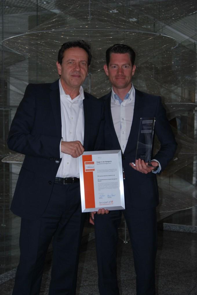 Geschäftsführer Dr. Rudi Herterich und Leiter Business Development Thorsten Claus, von links